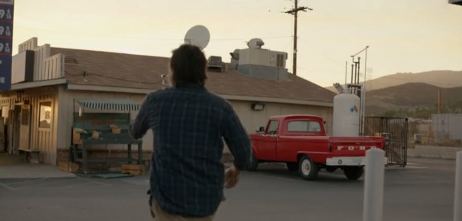 the-last-man-on-earth-is-there-anyone-out-there-episode-2-1-speedy-pump-red-truck