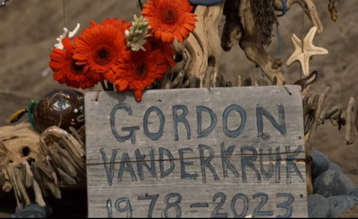 the-last-man-on-earth-filming-locations-the-boo-episode-2-2-gordon-grave