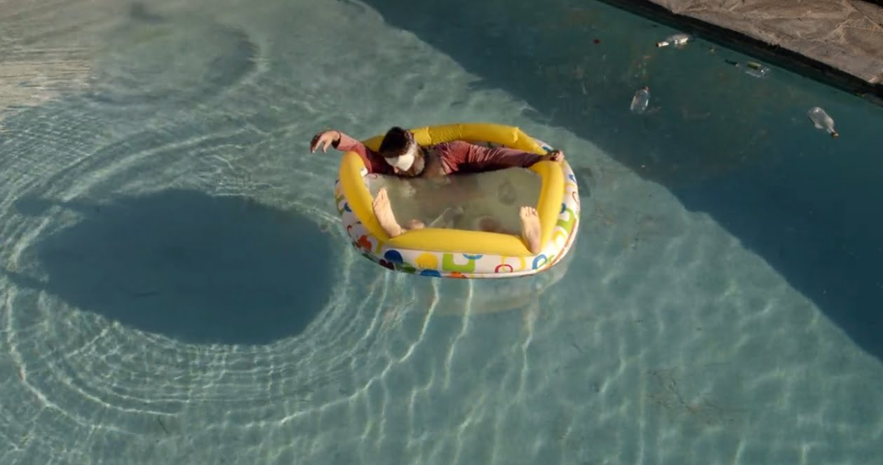 the-last-man-on-earth-filming-locations-baby-steps-tandy-pool