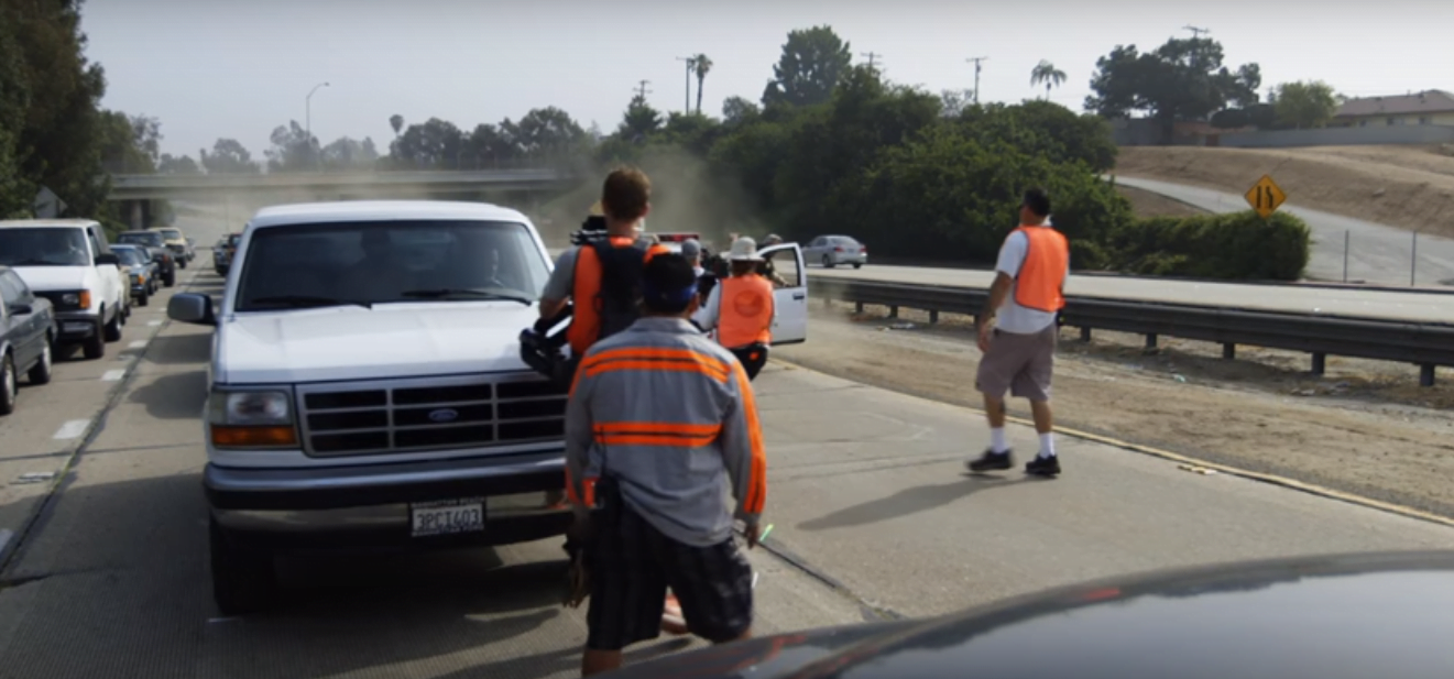 THE-PEOPLE-V-OJ-sIMPSON-filming-locations-405-bronco-pic2