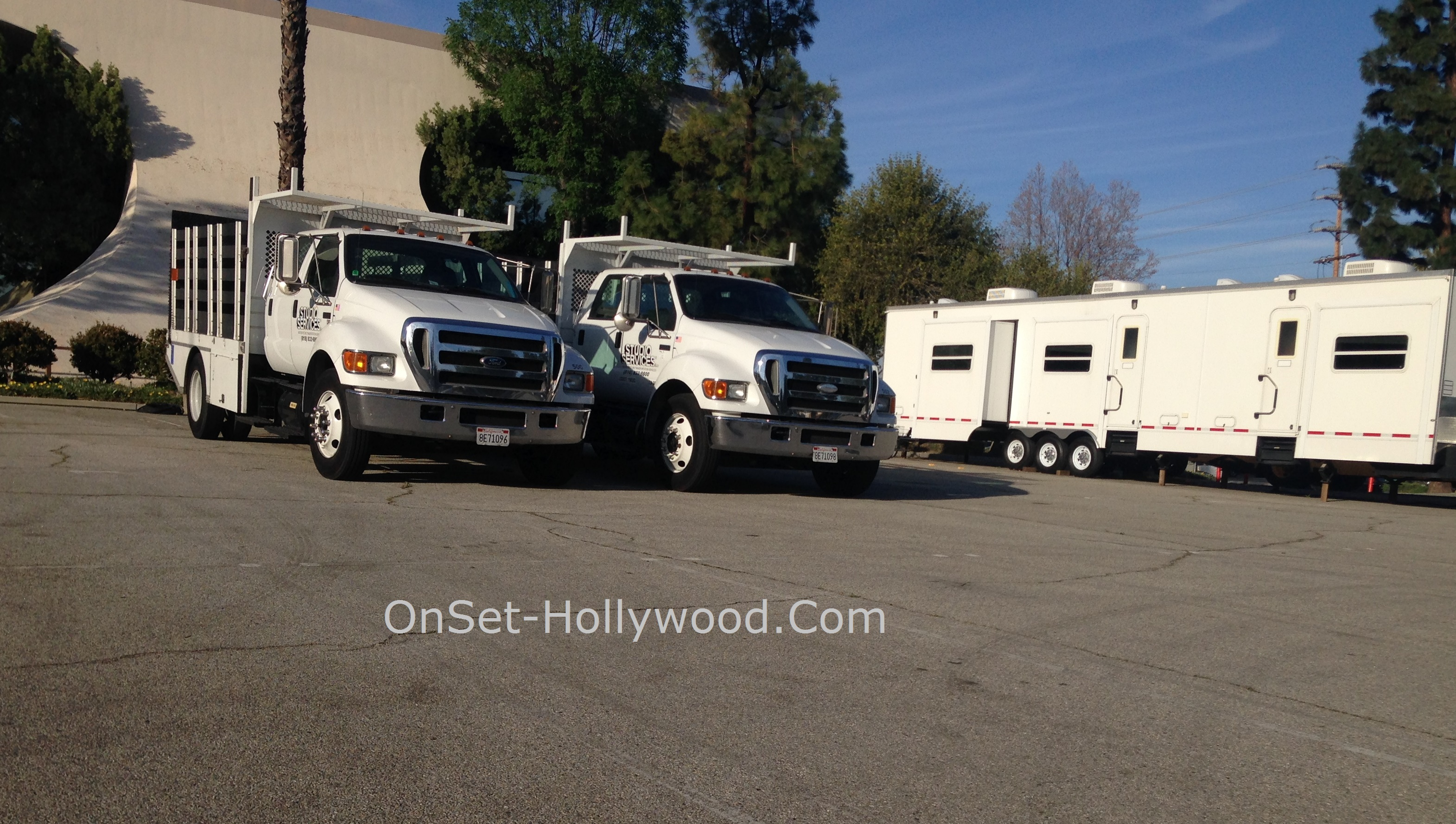 teen-wolf-filming-locations-chatsworth-trucks