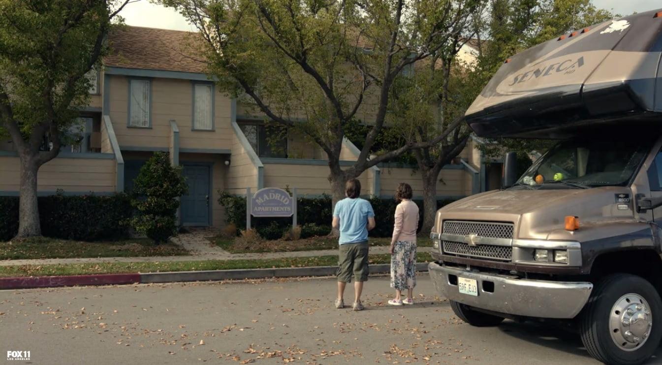 the-last-man-on-earth-season-2-episode-1-carols-apartment