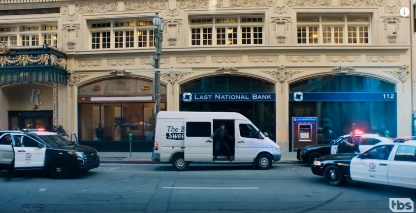 angie-tribeca-filming-locations-bank