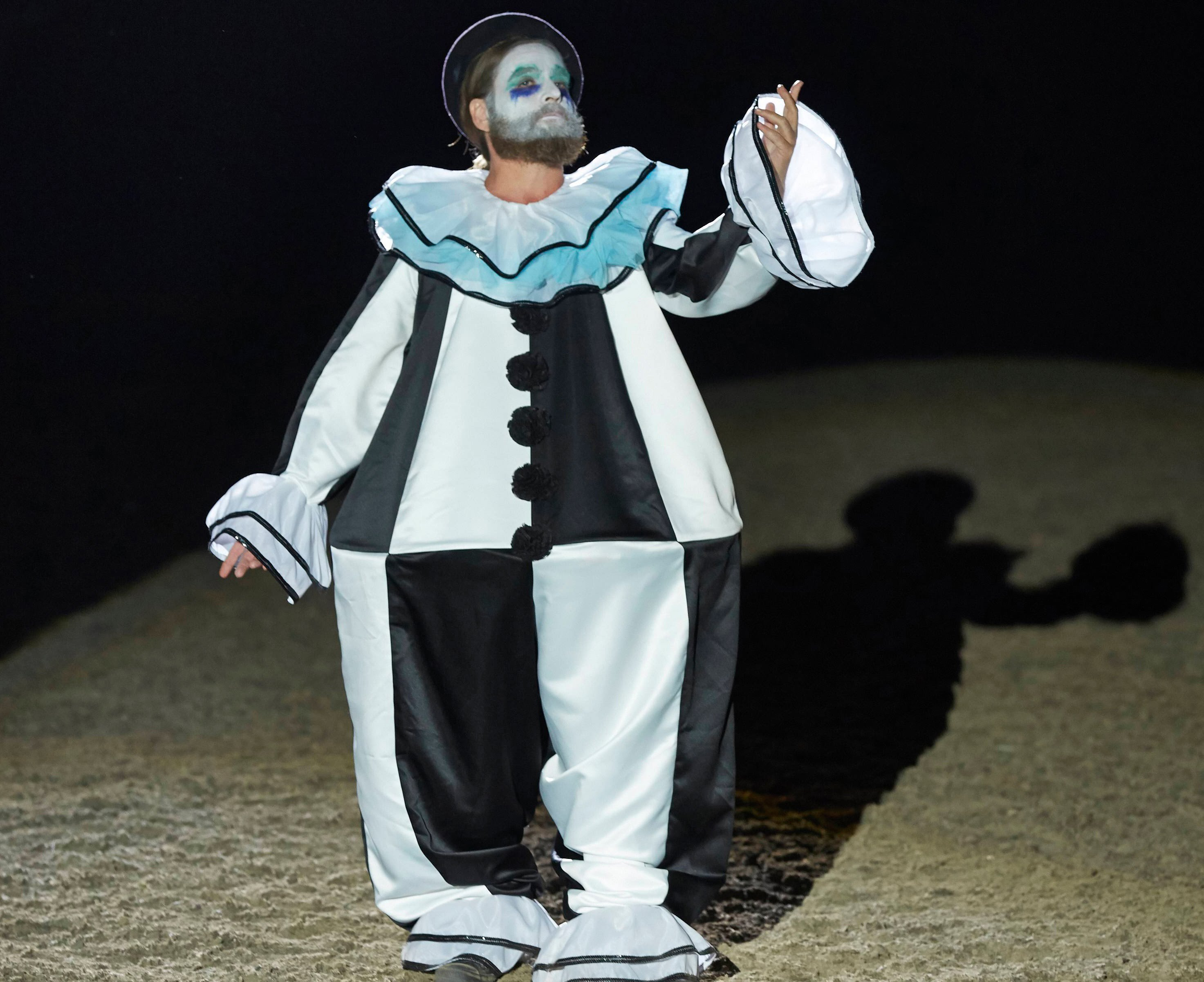 baskets-filming-locations-clown-rodeo