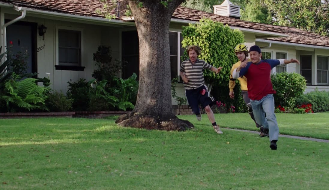 the-benchwarmers-filming-locations-ding-dong-ditch-house-2