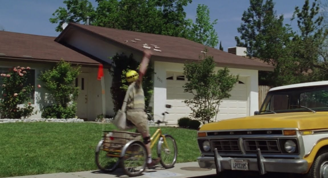 the-benchwarmers-filming-locations-newspaper-house