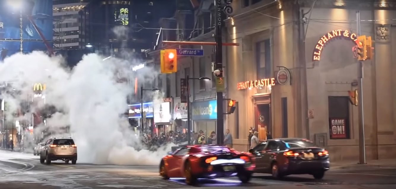 Suicide-Squad-filming-locations-toronto-Batman-chasing-Joker