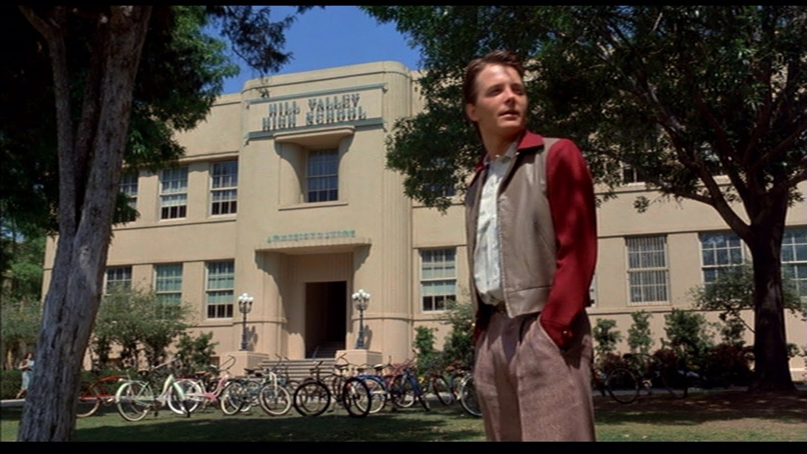 back-to-the-future-filming-locations-marty-high-school-1955