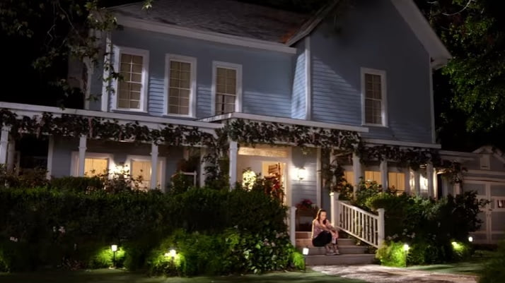 gilmore-girls-a-year-in-the-life-filming-locations-house