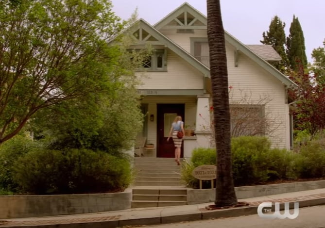 no-tomorrow-filming-locations-evie-house